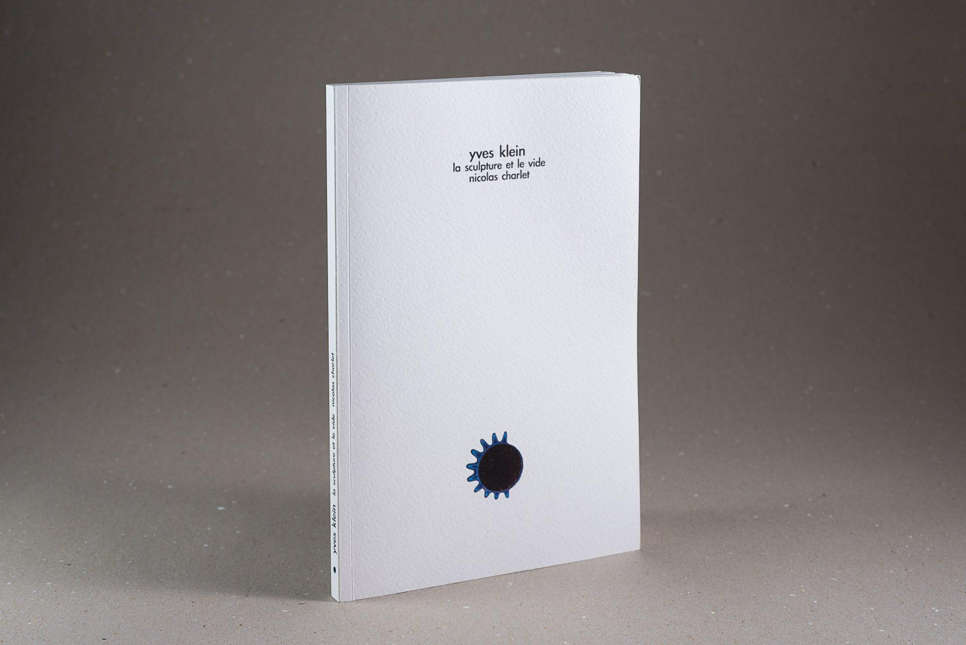 web-hd-nuit-myrtide-livre-yves-klein-la-sculpture-et-le-vide-nicolas-charlet-01
